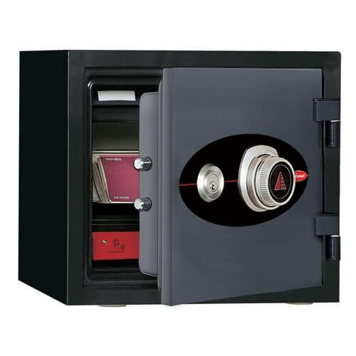 Diplomat Combination and Key Safe 119