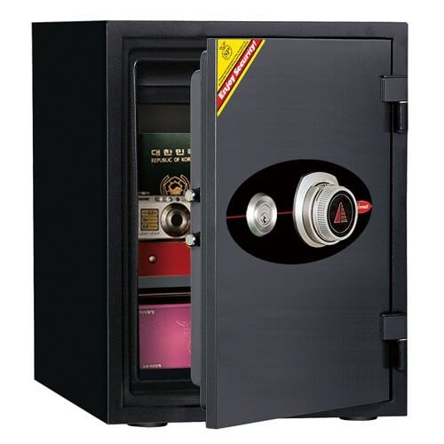 Diplomat Combination & Key Safe 530